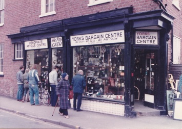Bishopgate Antiques in 1984, having been in business since 1975. It was previously a corn and seed merchants (Photo:Rob Stay)