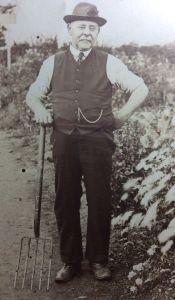 Albert's dad, Stephen Seal