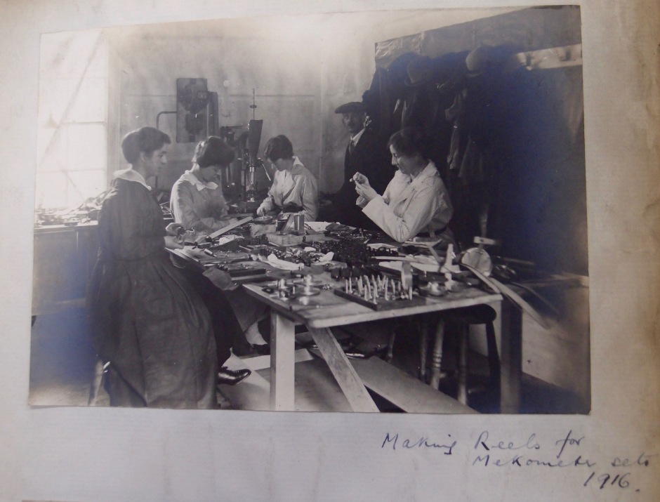 Photograph of women workers making reels for mekometers at T E Cooke's in 1916 (Courtesy Borthwick Institute)